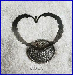 S KIRK & SON CO Sterling Silver REPOUSSE Heart form RING HOLDER 925/1000 mark